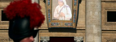 Pope's challenge to follow in Mother Teresa's footsteps