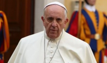 Pope Francis slams attacks against human life